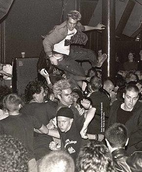 30 Club, 1983