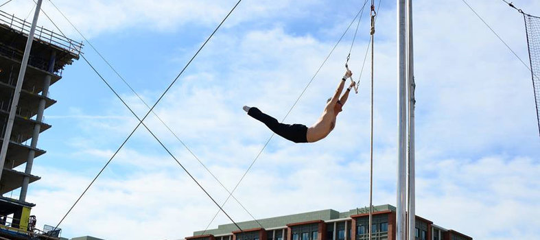 Learn to fly at Trapeze School